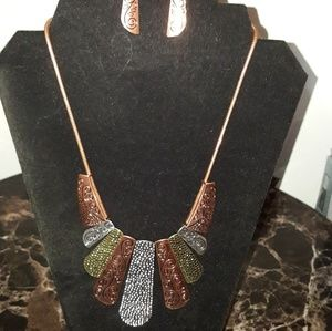 New Untamed Necklace & earring set